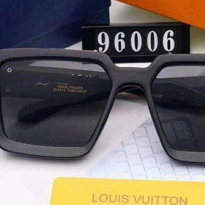 Louis Vuitton Sunglasses Black Gold NWT YS019